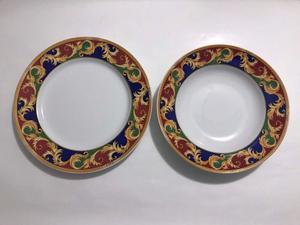 Juego de platos de porcelana marca Rosenthal - 24 PIEZAS -
