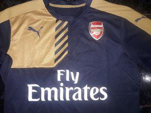 Camiseta original Puma Arsenal de Inglaterra nueva talle L