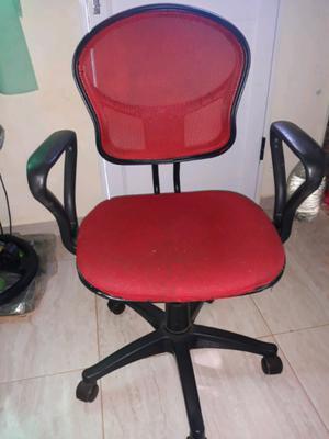 Silla giratoria para escritorio