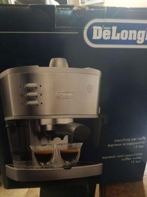 Cafetera Express DeLonghi