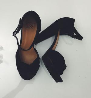 Zapatos importados numero 37.