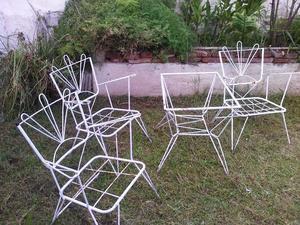 Vendo tres sillones de hierro forjado y mesa