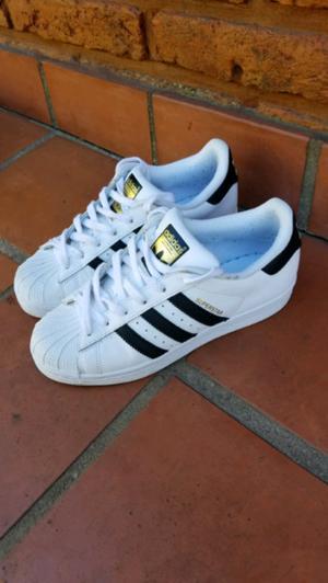 Zapatillas Adidas Superstar Originales, muy poco uso, como