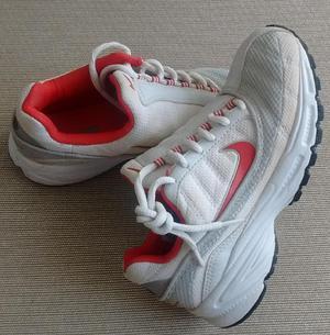 Zapatillas Nike Mujer talle 34