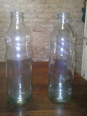 Botellas De Vidrio De Tomate Vacías