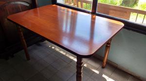 Líquido hermosa mesa de comedor