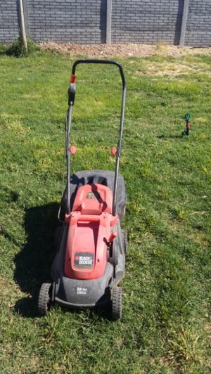 Máquina cortar pasto