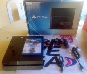 Vendo PlayStation 4 PS4 completa + juego físico