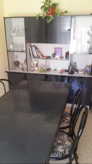 Vendo mesa, sillas y modular