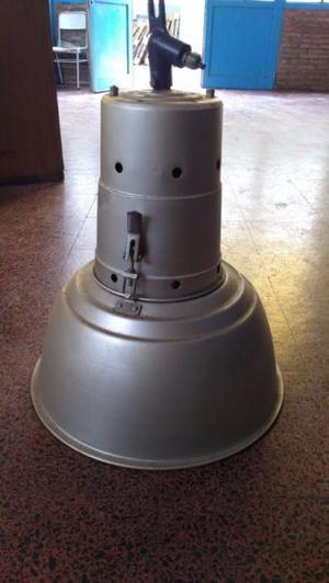 Lámpara galponera 12