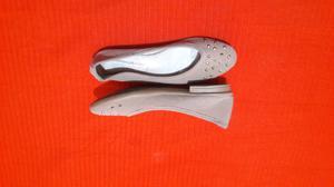 Hermosos zapatos de gamuza