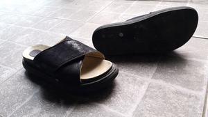 Sandalias negras N°40