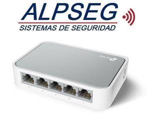 Switch TP-LINK con 5 puertos a  Mbps TL-SFD