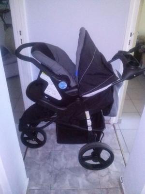 Vendo coche de paseo para bebe marca INFANTI
