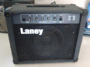 Amplificador de bajo Laney BC 30 inglés