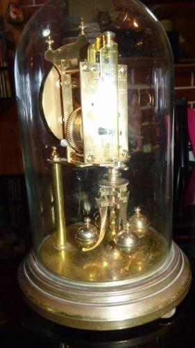 Reloj Kundo Aleman A Torsion Con Campana De Cristal