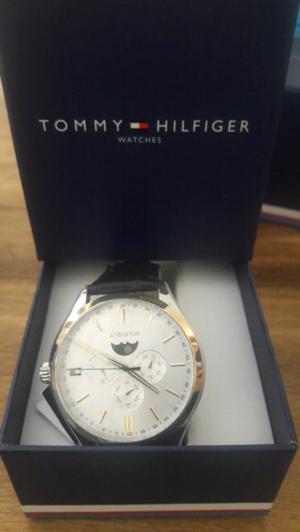 Reloj Tommy Hilfiger hombre malla de cuero negra