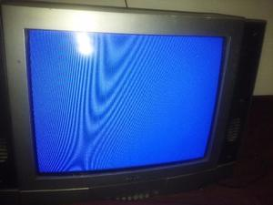 TELEVISOR CROWN DE 21 GRIS FUNCIONANDO SIN CONTROL REMOTO