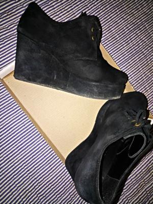 Zapatos de Gamuza T37 usados