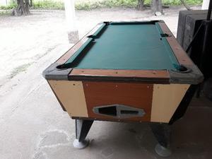 vendo mesa de pool en exelente estado celu