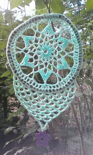 Hermoso atrapasueños con tejido a crochet