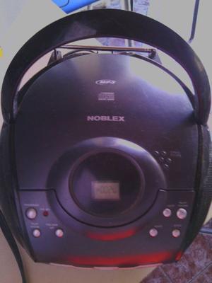 REPRODUCTOR NOBLEX CDR CON RADIO AM/FM 500$.