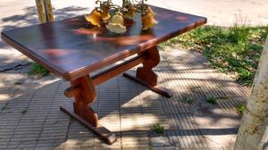 Antigua mesa de algarrobo y araña de bronce