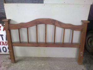 vendo cama de 2 plaza de madera ay que cambiarle una madera