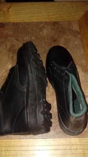Borcegos y zapatillas