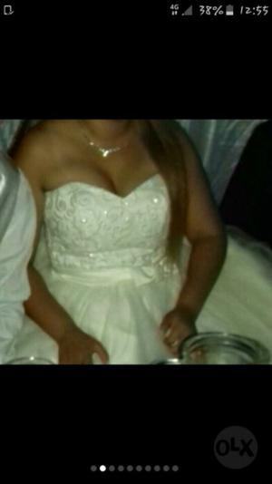 Vendo urgente vestido de novia o 15