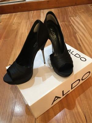 Zapatos stillettos marca Aldo