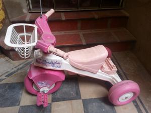 Triciclo para nena Rondi