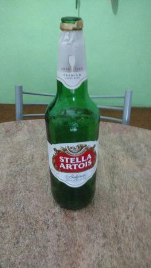 Botella (vacia) de Stella Artois