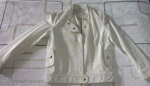 Campera de cuero ecologico blanca Zara