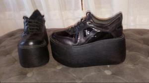 Liquido zapatillas altas núm 38 nuevas