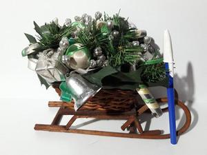 adorno trineo navideño. centro de mesa.
