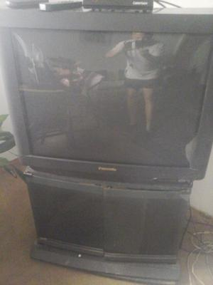 "VENDO TV 32"" PANASONIC STEREO CON CONVERSOR UNA JOYA"