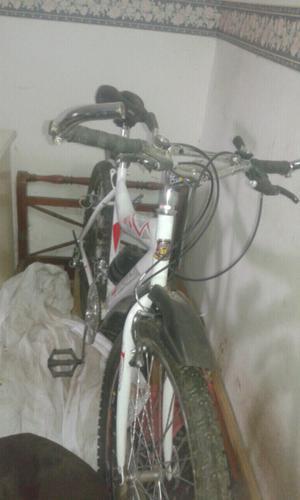 Vendo bici todo terreno Nueva rod 26