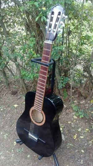 Vendo guitarra nueva !!!