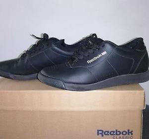 Zapatillas Reebok Classic de mujer. Número 37.5.