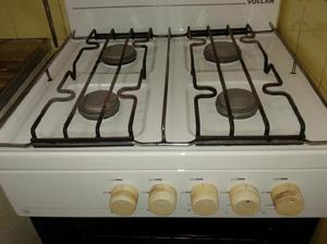 Cocina 4 Hornallas Gas Natural Marca Volcan Horno y Parrilla