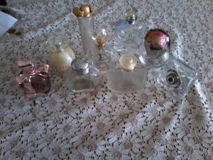 Frascos de perfumes vacios