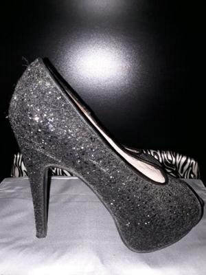 Vendo Hermosos zapatos JUSTA OSADÍA!!!
