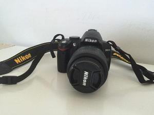 Vendo Nikon D3000 Kit Muy Poco Uso + Lente 55-200