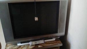 Vendo TV 29 pulgadas, marca TCL. Usado en buen estado.