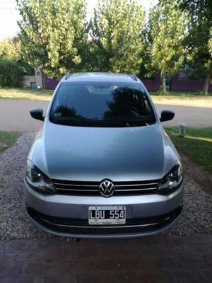Vendo Volkswagen Suran 2012