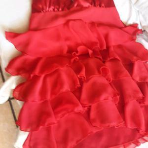 Vendo vestido de fiesta color rojo talle s