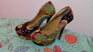 Zapatos estampados sin uso