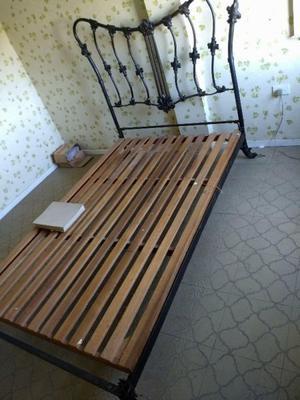 vendo camas de una plaza y plaza y media