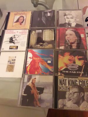Discos cds usados lote 900$SOLO CONTESTO POR EL LOTE